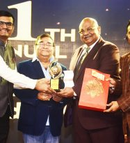 Eminent Orthopaedic Surgeon Dr Mayil V Natarajan is voted as Pharma Leaders Indian of the year – Orthopedics 2018 at Pharma Leaders 2018 Power Brand Awards 2018