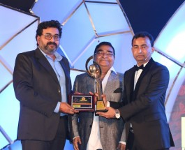 """Shreya Life Science ends 2016 with Double Awards, founder Chairman Sujit Singh voted as """"Visionary Entrepreneur of the Year"""" while dynamic Sheel Kumar Singh was awarded as """"Inspiring Business Leader of the Year 2016"""" at Pharma Leaders Power Brand Awards"""
